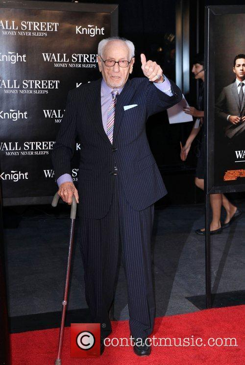 Eli Wallach and Wall Street 2