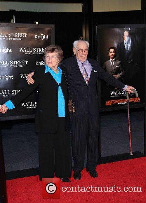Eli Wallach and Wall Street 5