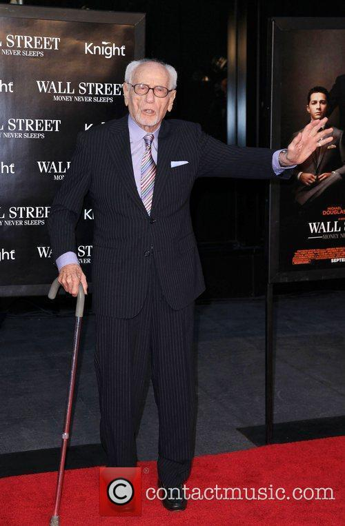Eli Wallach and Wall Street 3