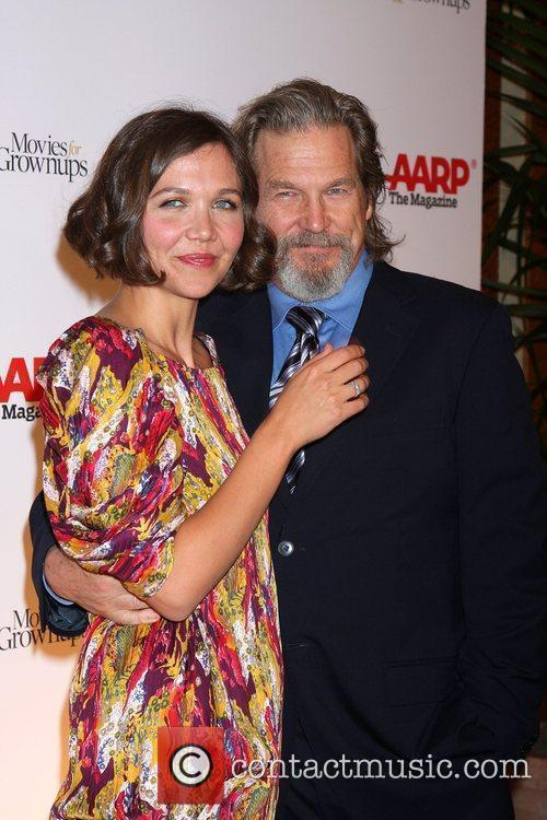 Maggie Gyllenhaal and Jeff Bridges 10