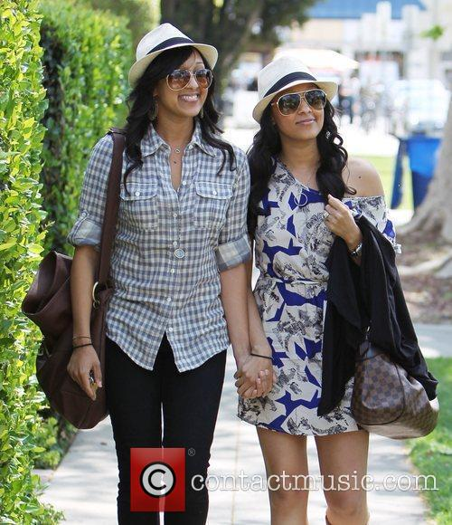 Tia Mowry and Tamera Mowry 30
