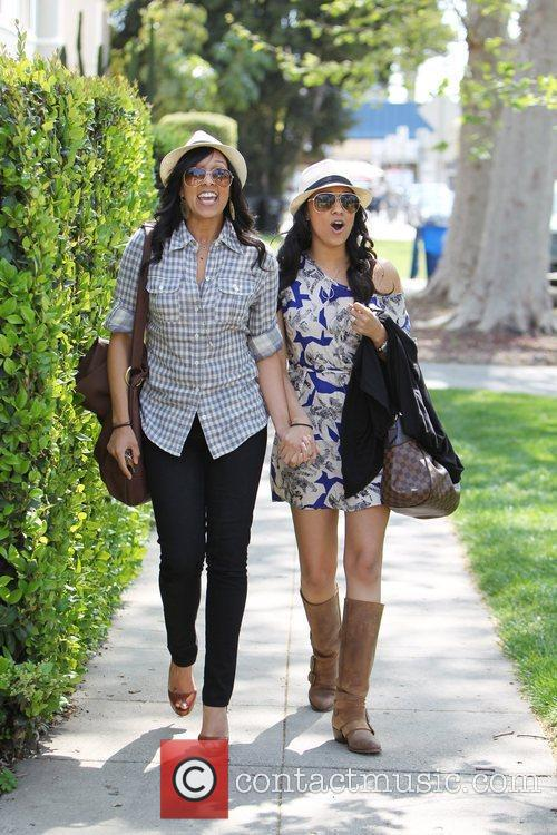 Tia Mowry and Tamera Mowry 25