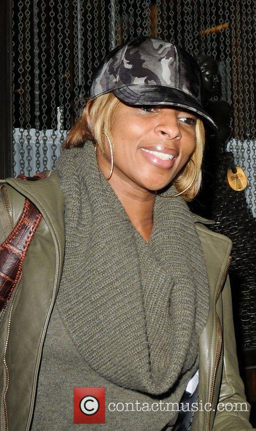 Mary J. Blige leaving Mr Chow wearing an...