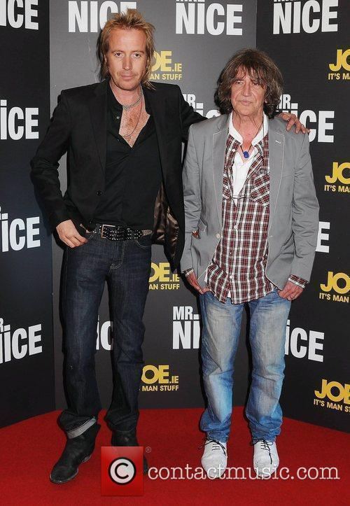 Rhys Ifans and Howard Marks 2
