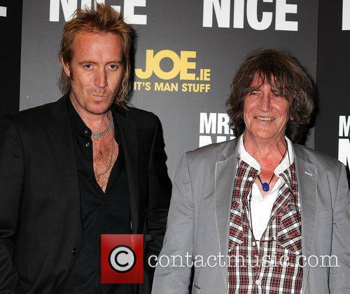 Rhys Ifans and Howard Marks 1