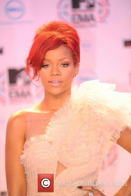 Rihanna and MTV 7