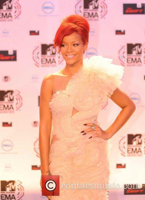 Rihanna, MTV