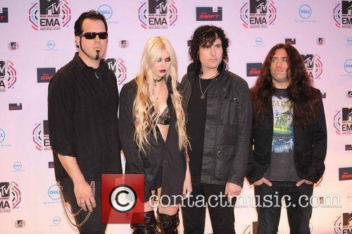Taylor Momsen, Mtv and The Pretty Reckless 8