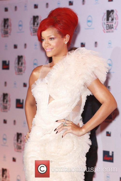Rihanna and Mtv 8
