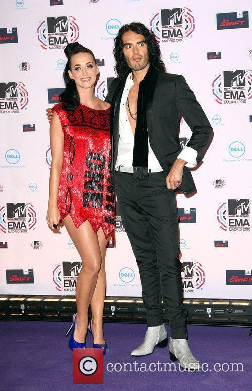 Katy Perry, Mtv, Russell Brand and Mtv european music awards 5