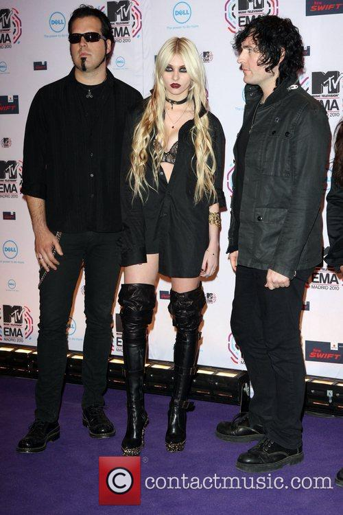 Taylor Momsen and The Pretty Reckless MTV Europe...
