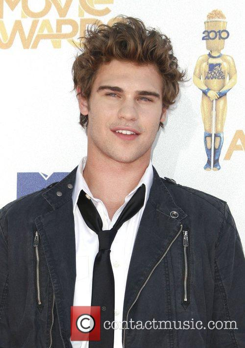 Grey Damon and Mtv 2