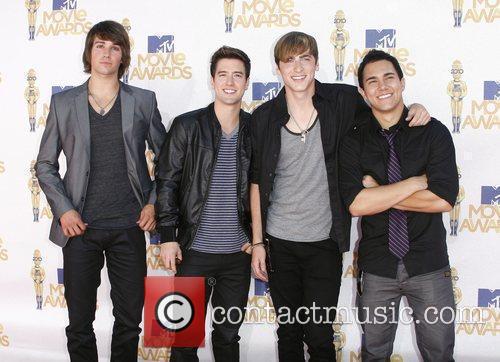 James Maslow, Logan Henderson, Kendall Schmidt, and Carlos...