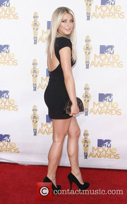 Julianne Hough and Mtv 2