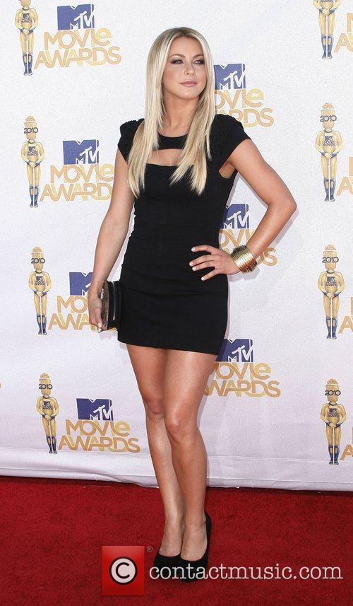 Julianne Hough and Mtv 7