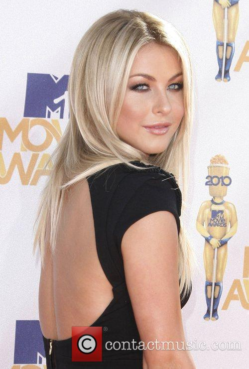 Julianne Hough and Mtv 1