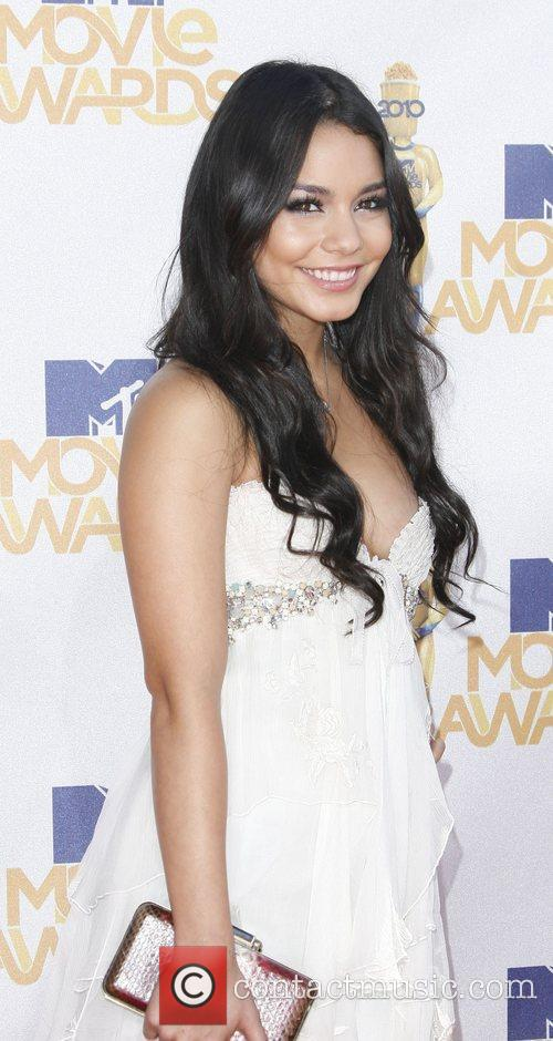 Vanessa Hudgens and Mtv 7