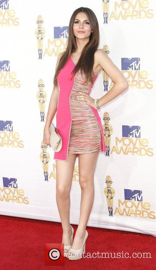 Victoria Justice and Mtv 4