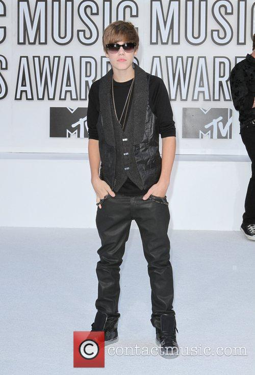 Justin Bieber and Mtv 6