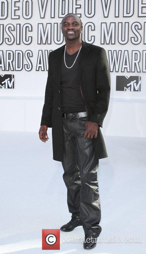 Akon and Mtv 2