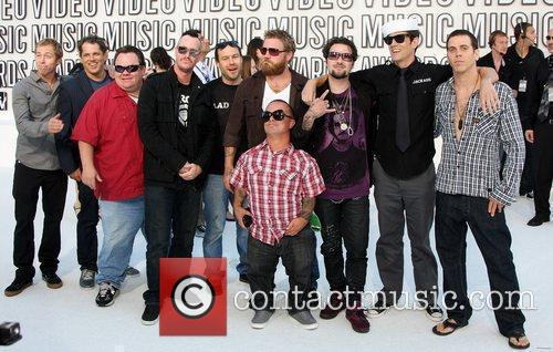 Dave England, Bam Margera, Jackass, Johnny Knoxville, Mtv, Preston Lacy, Ryan Dunn and Steve-o 9