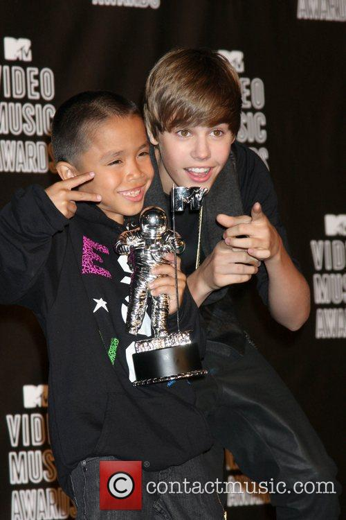 Justin Bieber and Mtv 10