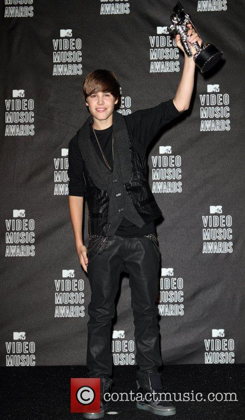 Justin Bieber and MTV 12