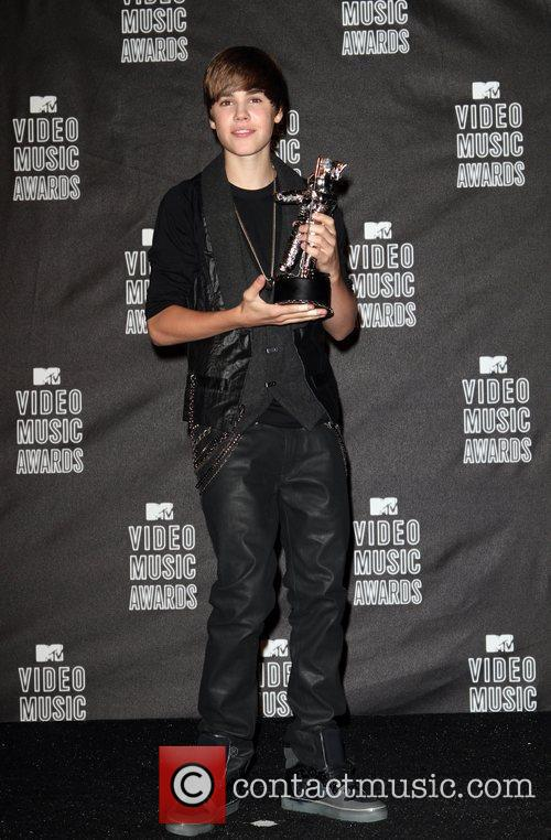 Justin Bieber and MTV 14