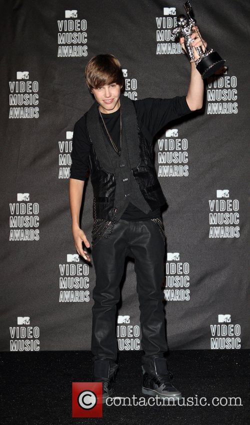 Justin Bieber, MTV, MTV Video Music Awards