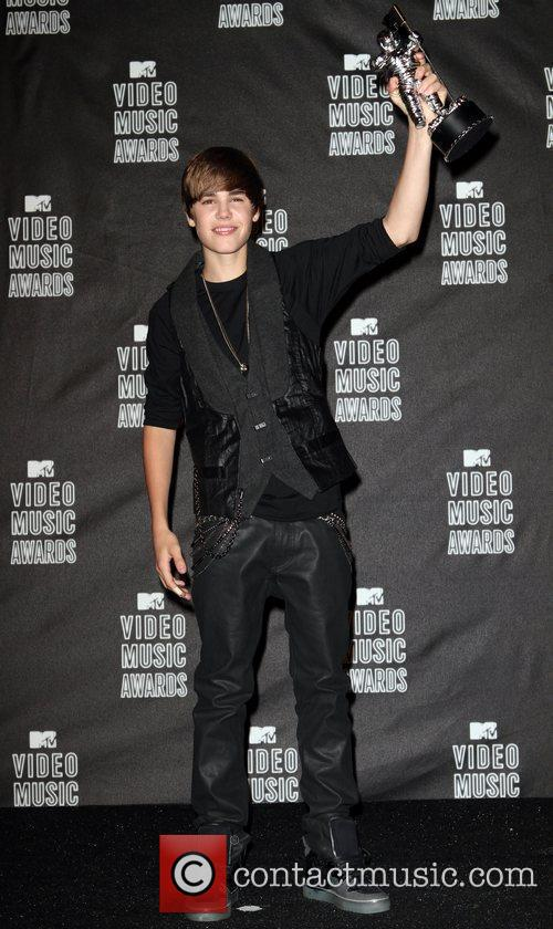 Justin Bieber and Mtv 11