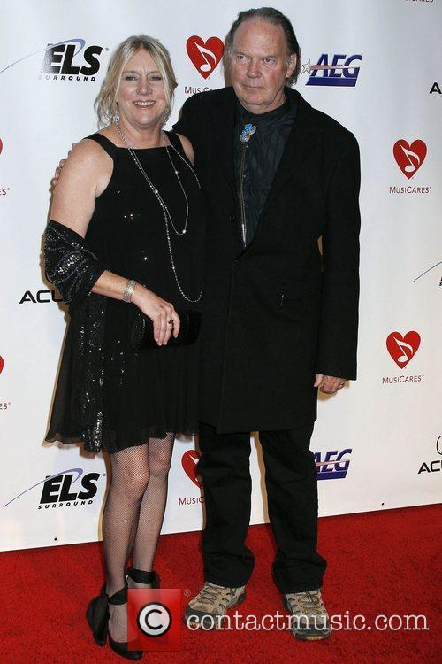 Neil Young and Guest 2010 MusiCares Person of...