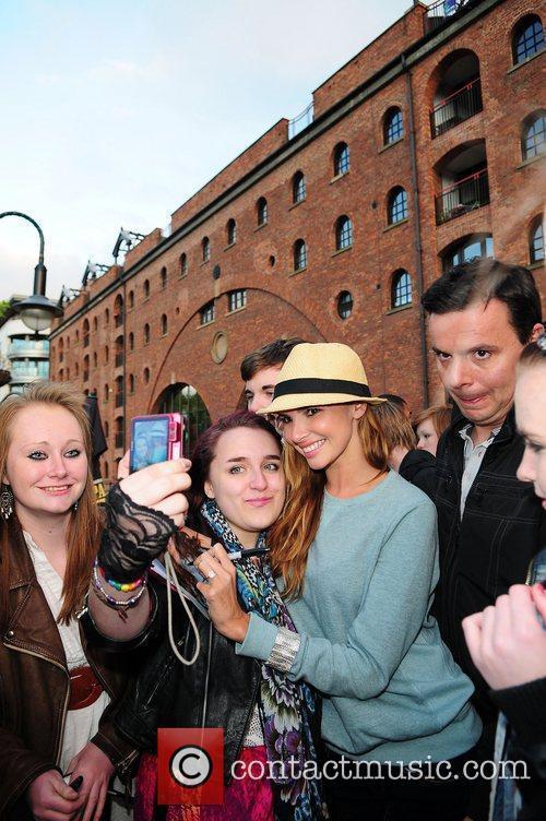 Nadine Coyle with fans Nadine Coyle visits Key...