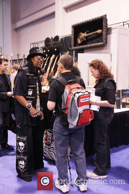 Bootsy Collins talks to a fan NAMM 2011...