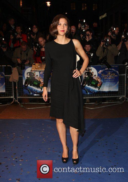 Maggie Gyllenhaal 16