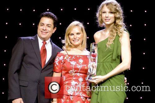 Jim Donio, Chicago and Taylor Swift 2