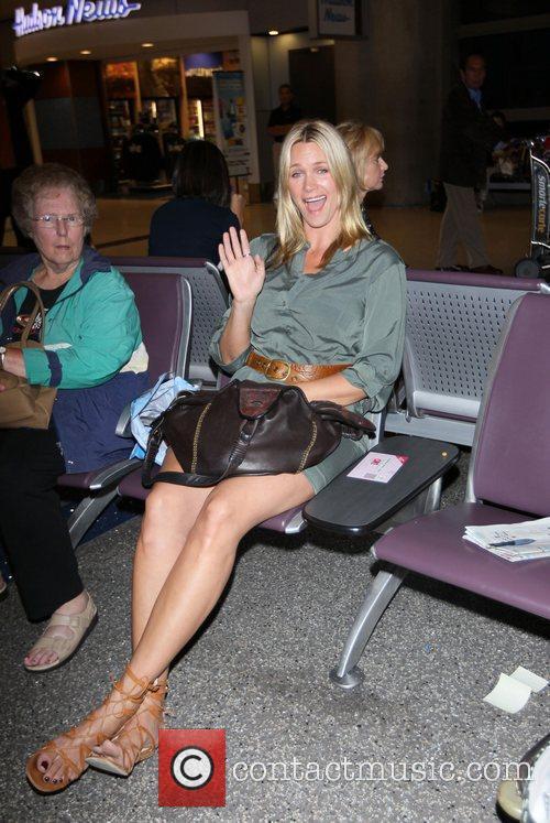 Natasha Henstridge and Passenger 4