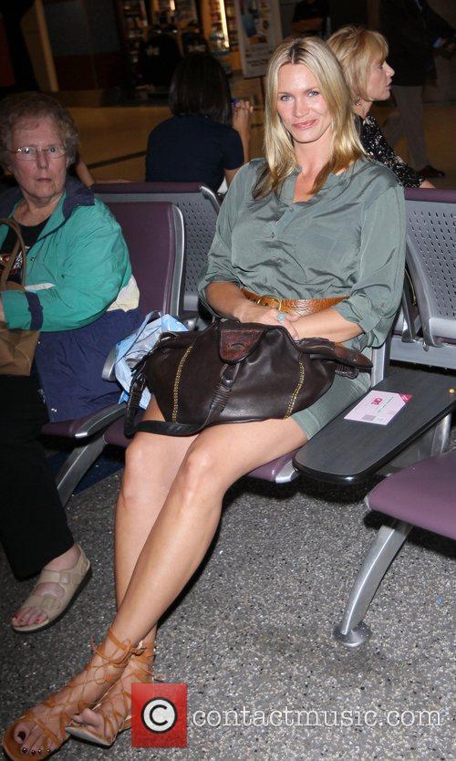 Natasha Henstridge and Passenger 3