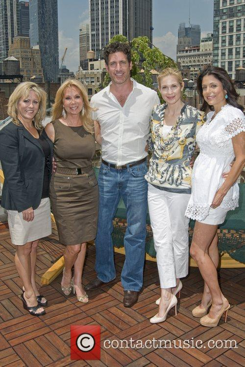 Kathie Lee Gifford, Eduardo Xol and Kelly Rutherford 3