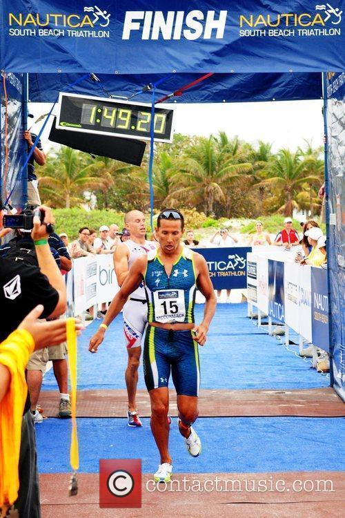 Australian Triathlete Chris Mccormack Comes In First Place 6
