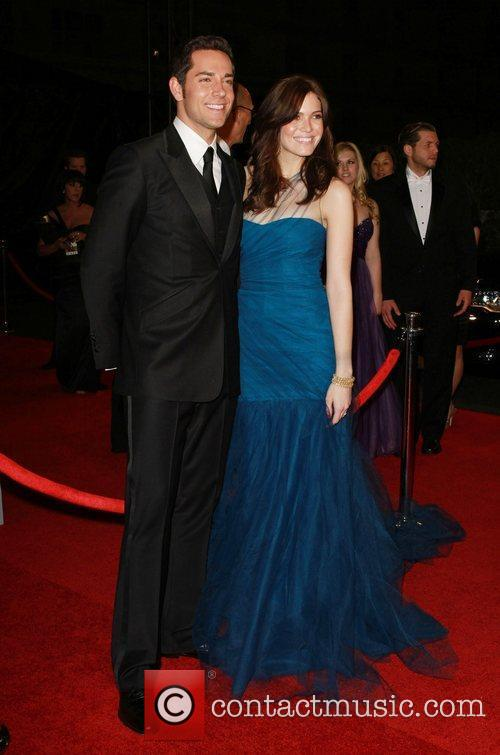 Zachary Levi and Mandy Moore 5