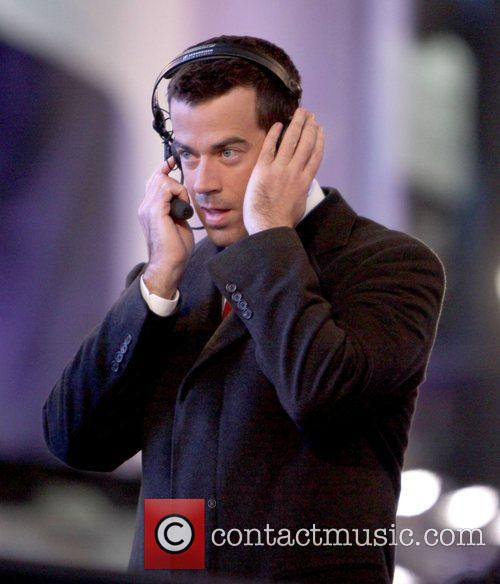 Carson Daly co-hosts NBC's New Year's 2011 show...