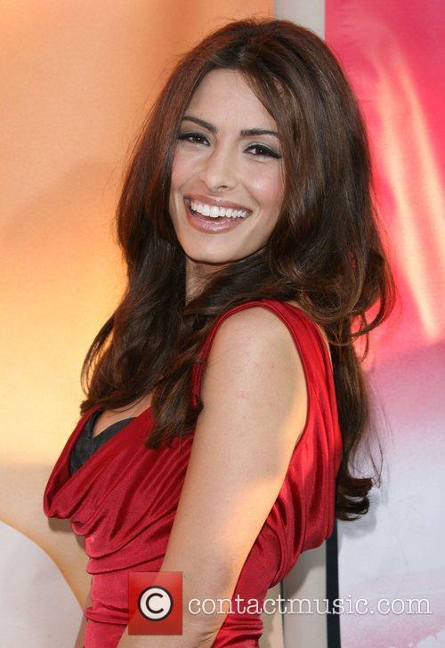 Sarah Shahi 3