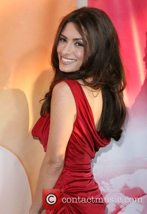 Sarah Shahi 2