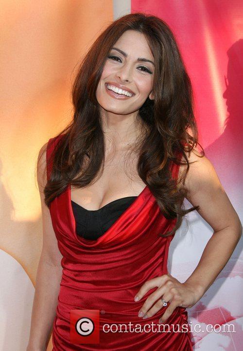 Sarah Shahi 6