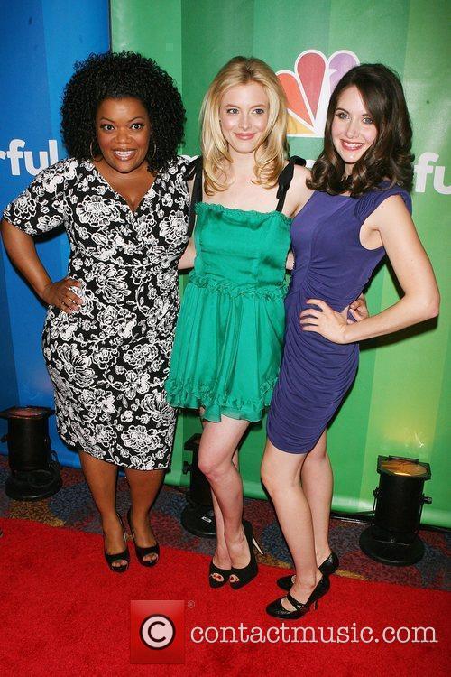 Yvette Nicole Brown, Gillian Jacobs, Alison Brie 2010...