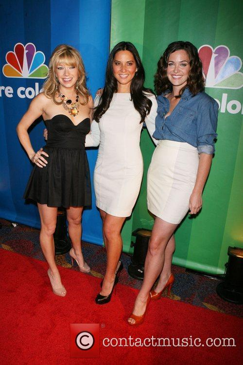 Mary Elizabeth Ellis; Olivia Munn; Christine Woods...