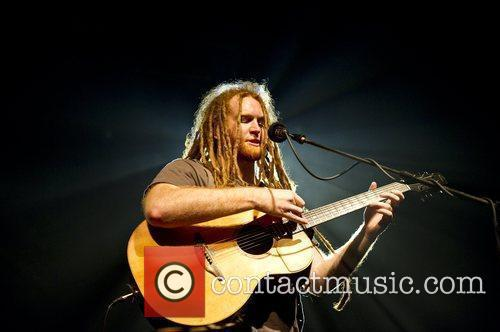 Newton Faulkner performing at TreeHouse's second Ambition Gig...