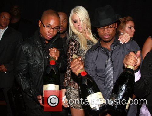 Sam Jones, Karissa Shannon, Ne-yo and Pleasure P 1