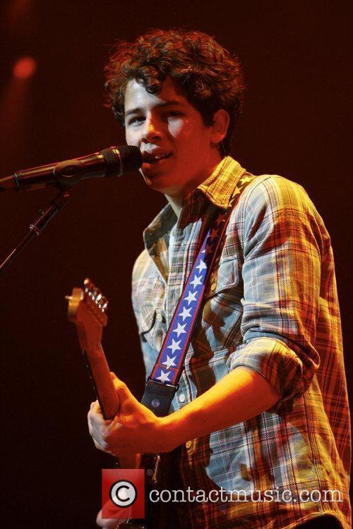 Nick Jonas and The Eagles 7