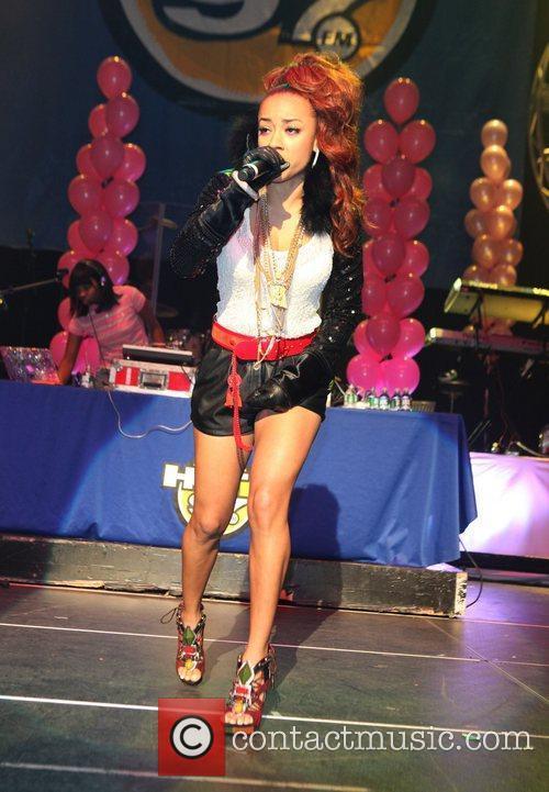 Keyshia Cole and Nicki Minaj 3